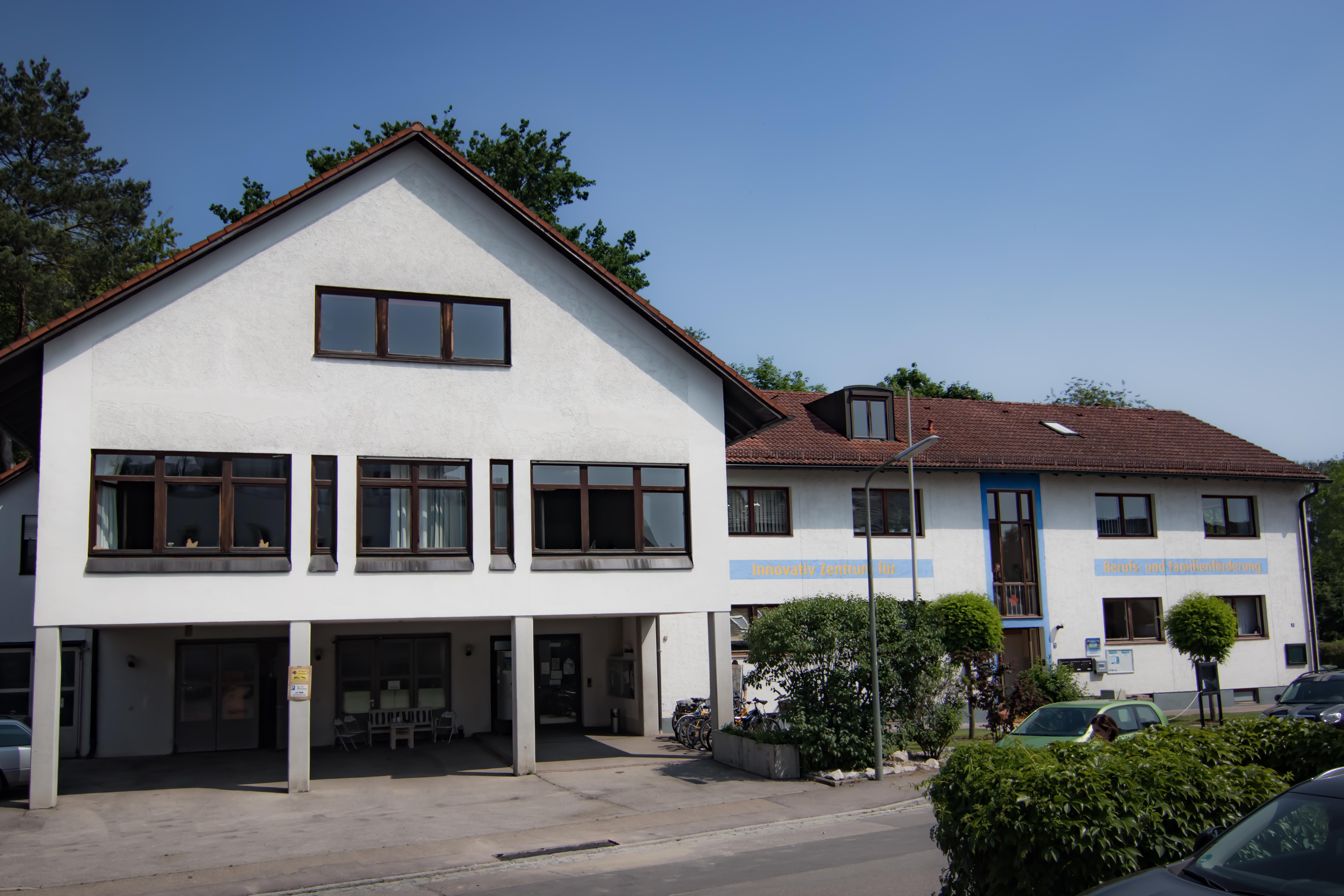 ZBF Pfaffenhofen Gebäude